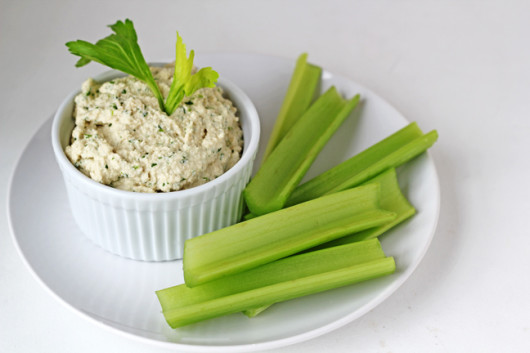 "Raw Sprouted Hummus from ""in Sonnet's kitchen"""